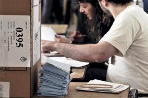 """El PJ bonaerense insiste con el riesgo de un """"hackeo electoral"""""""