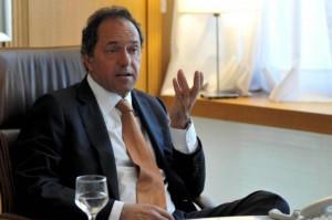 Scioli descartó una devaluación y elevar las tasas