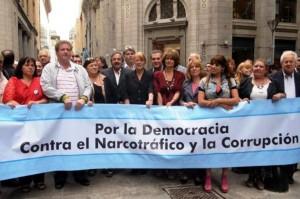 Stolbizer y Alfonsín marcharon contra del narcotráfico