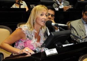Mónica López arrancó su gira para ser gobernadora