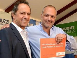 """Piden explicaciones a Scioli por """"aportes"""" en Chubut"""
