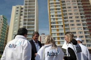 ARBA acude a los agrimensores para combatir la evasión en el Inmobiliario