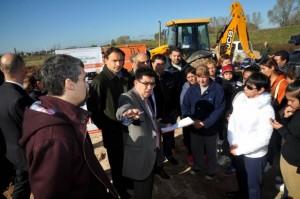 Comienzan las obras para relocalizar familias que viven en el arroyo El Gato