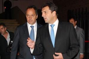 Scioli se desploma en una nueva encuesta que lidera Massa