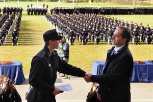 Scioli busca recuperar imagen con la Policía Local