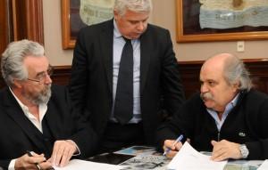 Necochea y Moreno firmaron la adhesión a la Policía Local