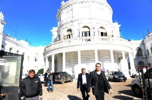 Allanaron la Municipalidad por una denuncia contra el hermano del Intendente