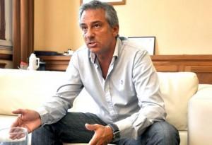 Eseverri anunció que se queda en el FR, pero se mostrará con Randazzo