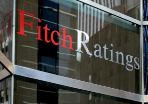 """Fitch colocó en """"default selectivo"""" a la Argentina y le bajó la calificación a la Provincia"""