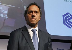 Preocupación de Scioli por el cierre de empresas