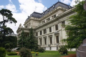 Los intendentes, contra la Ley de Municipales