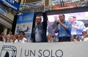 El PJ cruje por las críticas desde todos los frentes tras el acto en La Plata