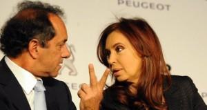Después de ser el centro de las críticas, Scioli elogió a Crisitna