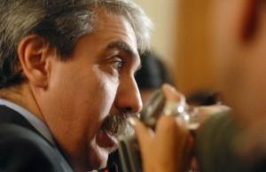 Aníbal asegura que Massa acordó con Macri y baja a la Provincia
