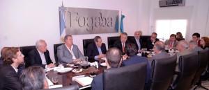 Gobierno y empresarios compartieron la asamblea del FOGABA
