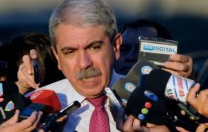 El Gobierno lanza críticas a Insaurralde tras su postulación