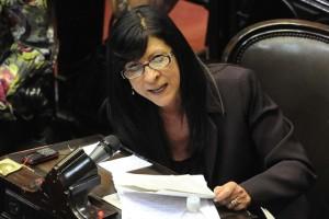 Diana Conti, en plan sciolista, criticó Randazzo