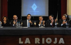 Tras la buena noticia en Mendoza, Scioli sigue su campaña en La Rioja