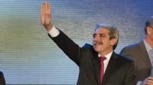 """Aníbal Fernández se lanzó y pidió solo """"tres o cuatro"""" listas para la Provincia"""