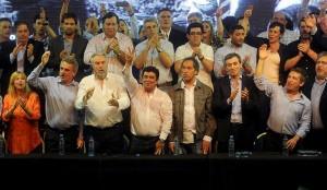 El kirchnerismo ordena su grilla electoral en la Nación y la Provincia