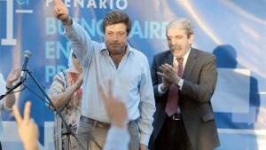 Mariotto busca refugio en Aníbal y corre por izquierda a Scioli y a Randazzo