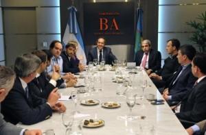 Scioli busca ordenar la transición: reunión con Aníbal e intendentes