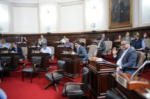 En la primera sesión tras las elecciones, el Concejo homenajeó a Néstor Kirchner