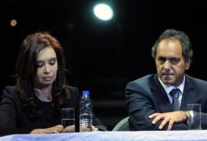 """Scioli despeja rumores de ruptura:""""Hablé anoche con Cristina"""""""