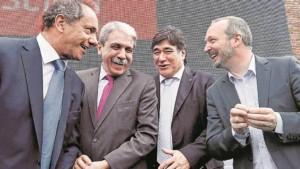 """Sabbatella se confía y asegura que Scioli """"gana en primera vuelta"""""""