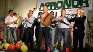 Macri llevó al norte su obsesión por captar votantes de Massa