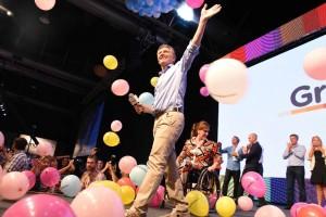 Macri triunfó ante un peronismo que ya busca líder