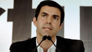 Urtubey se lanza a la presidencia del PJ con reclamos a Macri