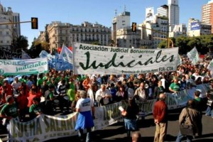 Los judiciales le marcan la cancha a Vidal