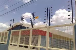 Diputado massista quiere autorizar los alambrados eléctricos