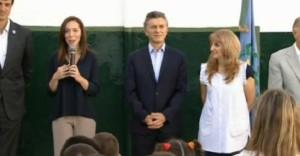 Vidal inauguró con Macri el ciclo lectivo y algunos docentes se movilizan