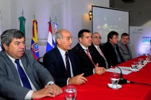 """Salvador, ante parlamentarios del Mercosur, habló de """"expectativas"""" para Argentina"""