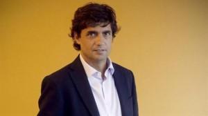 Lacunza busca calmar a los intendentes con promesas de fondos