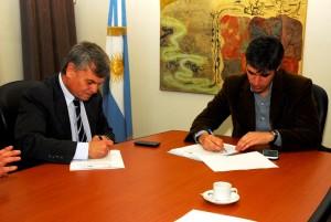 Honores y Adrián Pérez acuerdan sobre acceso a la información pública