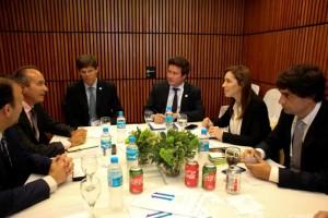 En búsqueda de inversiones, Vidal se reunió con CEOs internacionales