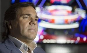 Alberto Pérez: prohibición de salir del país e inhibición de bienes