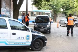 """Finalmente, fuerzas federales ya patrullan """"zonas calientes"""" en La Plata"""