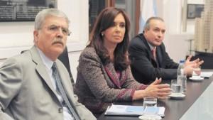 Procesan a Cristina Kirchner y la embargan por 10.000 millones de pesos