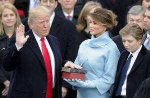 Trump juró en el Capitolio y asumió como el presidente 45 de los EE UU