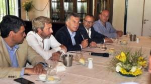 Macri y un asado de campaña bonaerense, con 14 intendentes propios