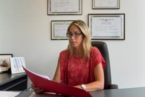 Promulgan la ley que da licencias a las trabajadoras estatales víctimas de violencia de género