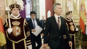 """Macri, en España, admitió que la pobreza en Argentina """"es inaceptable"""""""