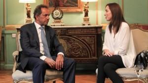 Scioli le recomendó a Vidal que cierre la paritaria docente por decreto