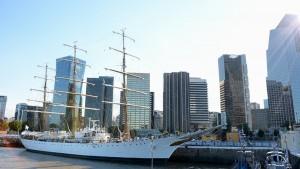 Doce empresas bonaerenses, a punto de zarpar en la Fragata Libertad