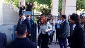 Cristina se presentó ante Bonadío y exigió su sobreseimiento