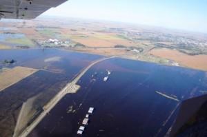 Lorenzino se enfrenta a gobernadores por las inundaciones en la Provincia
